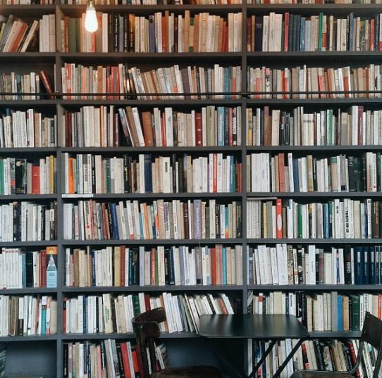 Le Used Book Café chez Merci, Boulevard Beaumarchais